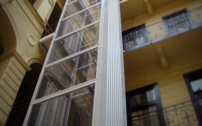 Lift építése társasházba – társasházi lift ára